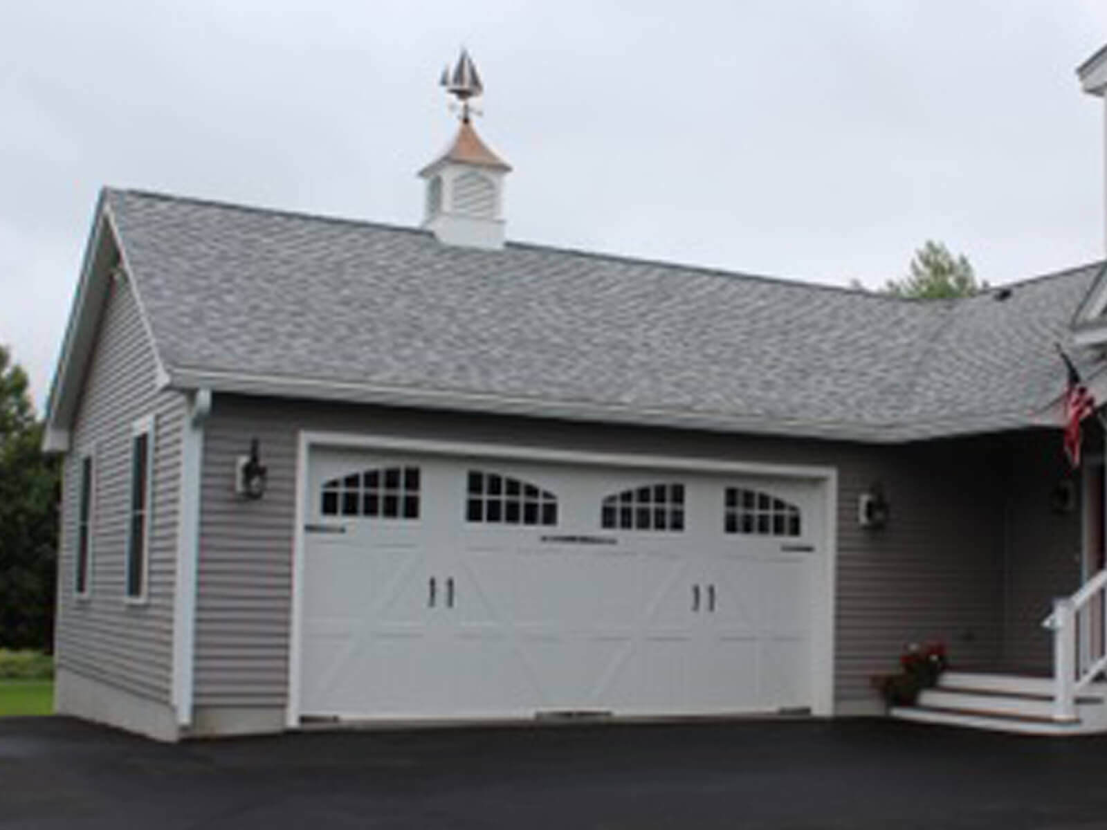 custom garage builder in acton massachusetts